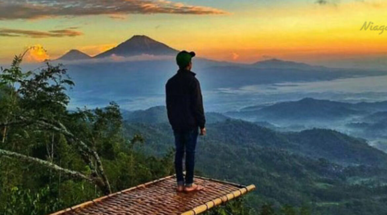 Destinasi Wisata Alam Terfavorit Bukit Isis Kulon Progo, Yogyakarta
