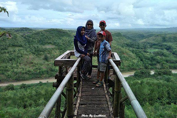 Piknik Asik Bersama Keluarga di Panguk Kediwung