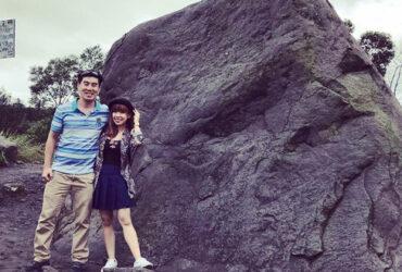 Batu Alien Cangkringan Berwajah Manusia