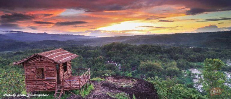 Mengejar Matahari Terbit di Gunung Ireng