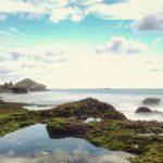Perpaduan Unik Air Terjun dan Laut Selatan di Pantai Jogan