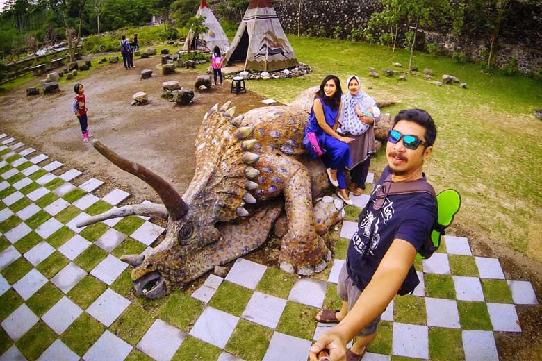 wisata the lost word castle
