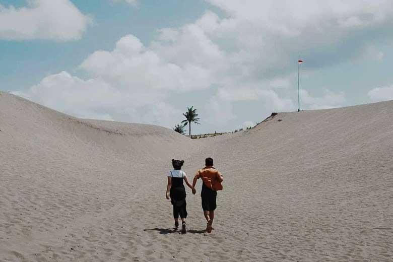 wisata gumuk pasir