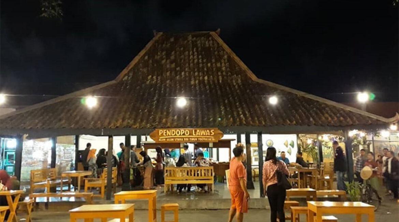 Pendopo Lawas Wisata Kuliner Di Jogja Dengan Segala Keromantisannya