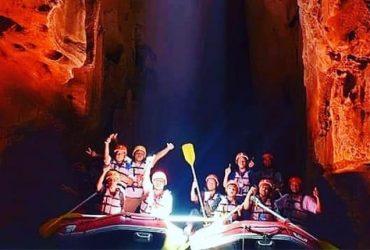 Goa Tanding, Serunya Wisata Telusur Goa Menggunakan Perahu Karet